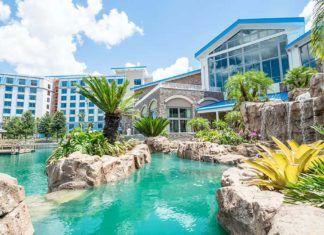 karibisk Karneval Universal, Sapphire Falls Hotel