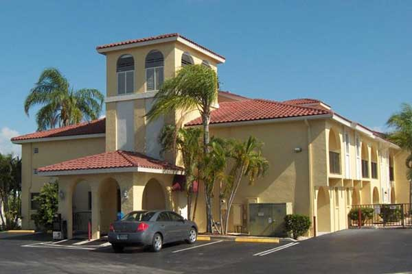boka hotell Fort Myers. Casa Loma Motel Waterfront