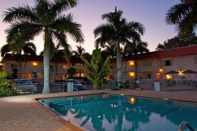 boka hotel i sarasota Hibiscus Suites Hotel Sarasota. Favorithotell Sarasota.