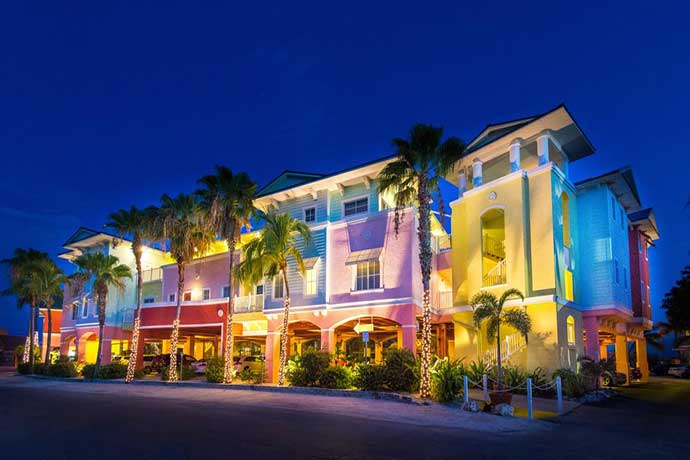 boka hotell Fort Myers. Lighthouse Resort Inn and Suites Hotel